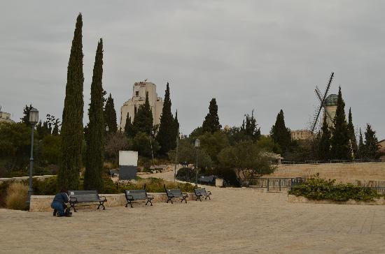 Mishkenot Sha'ananim: The windmill of Yemin Moshe