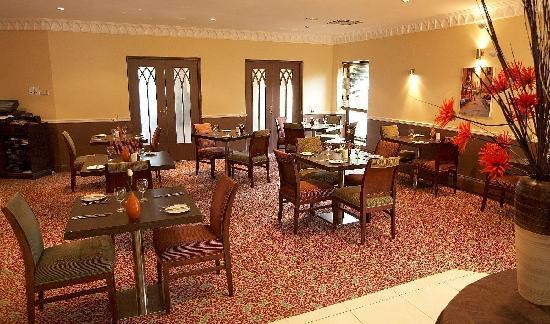 Squires Restaurant at Bridgewood Manor: Squire restaurant suitable for all occasions