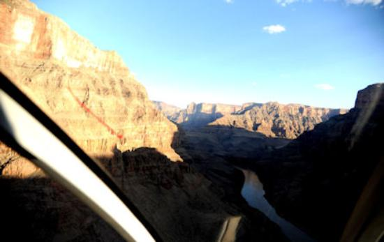 Maverick Helicopters: In the middle of the grand canyon.