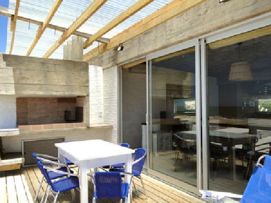 Complejo de Apartamentos Miralejos: Parrilla Duplex Azul