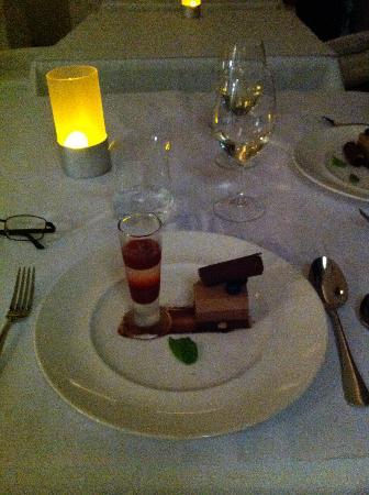 Berardo's Restaurant and Bar: Yum Great dessert