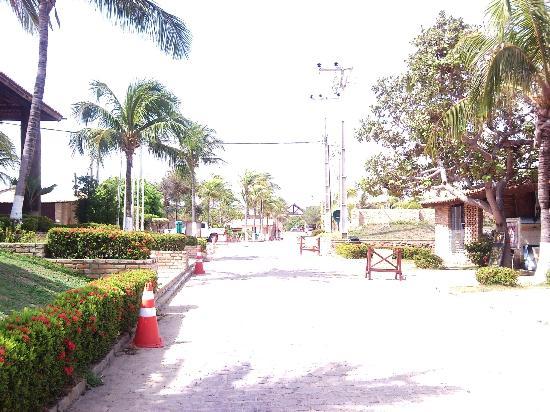 Beberibe, CE: Entrada do Hotel vista por dentro