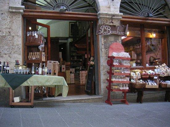 Massa Marittima, Italia: Eingangsbereich der Enoteca