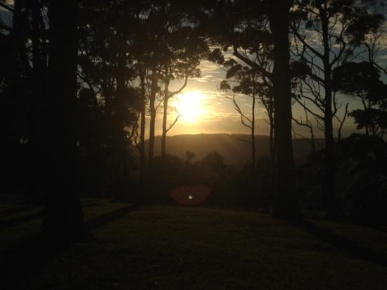 Woodleigh Homestead B & B: 6am sunrise