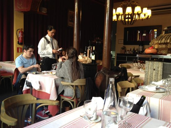Photo of Mediterranean Restaurant Ateneu Gastronomic at Placa De Sant Miquel 2, Barcelona 08002, Spain