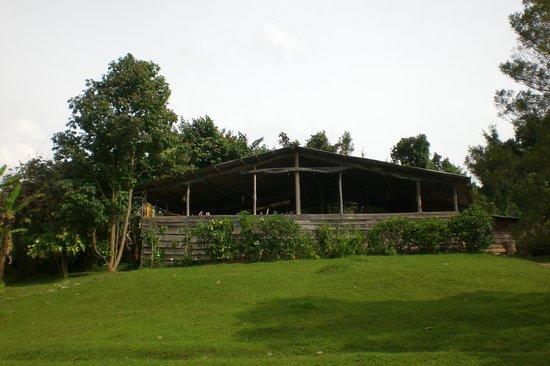 Byoona Amagara : Main dining hut/lounge area