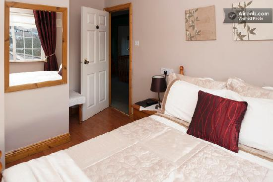 Almanii Bed & Breakfast: Double Ensuite Room