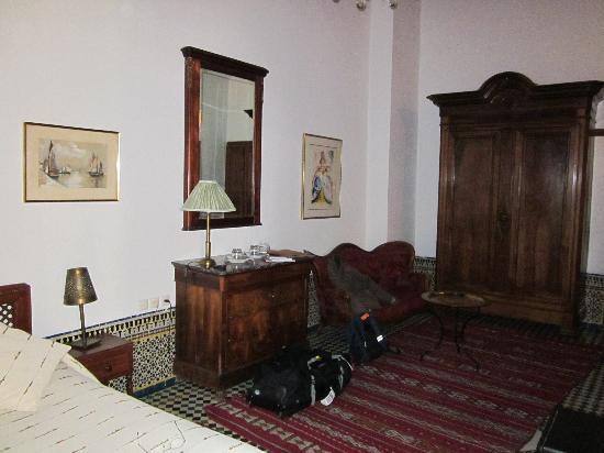 Ryad Mabrouka: chambre mérinides