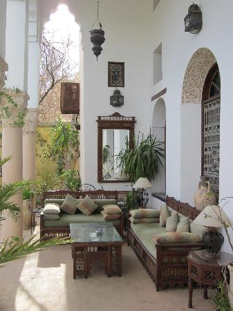 Ryad Mabrouka: jardin