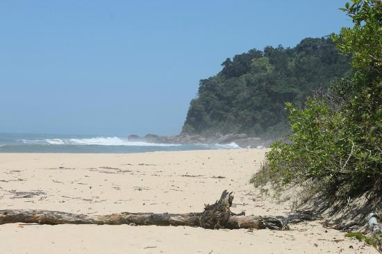 Paraty, RJ: praia brava de trindade