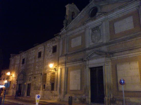 Monasterio de Las Descalzas Reales: mucho mas dentro que fuera
