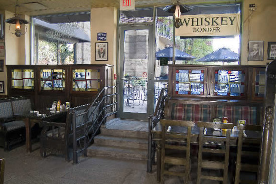 Peggy Kinnane's Irish Restaurant & Pub