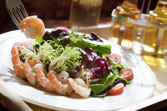 DoubleTree by Hilton Johnson City: Dining