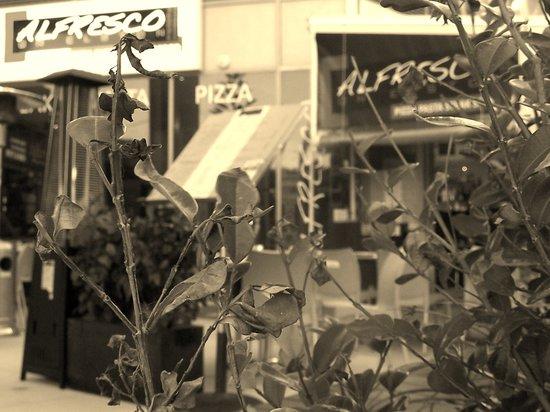 Alfresco Italian Restaurant: Outdoor Area