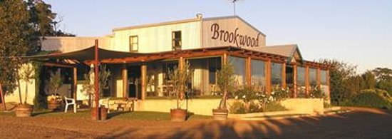 Brookwood Cafe : entrance to the cellar door