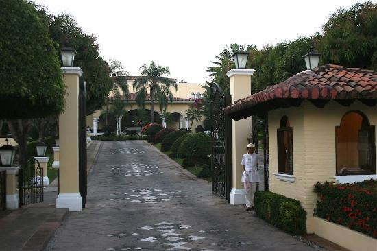 Casa Velas: Mary, Greeting us at the Entrance