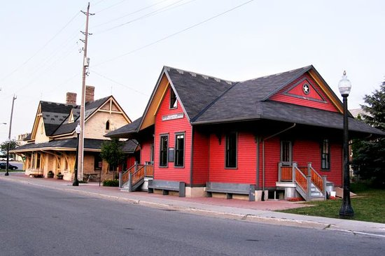 Tillsonburg, Canadá: Station Art Centre
