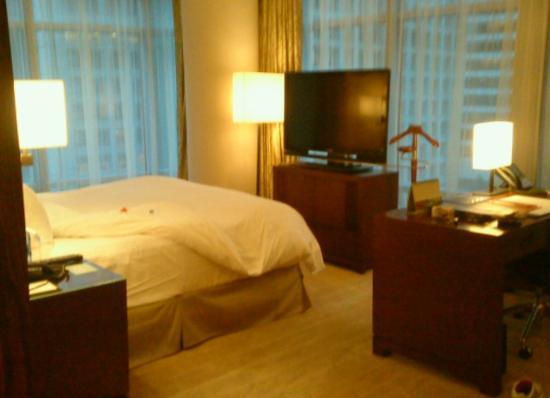 Shangri-La Hotel, Vancouver: Fint hjørneværelse på 9 etage