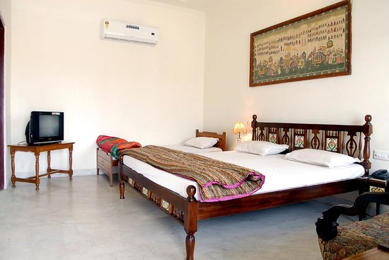 Rajasthan Palace Hotel: Deluxe Room of Hotel