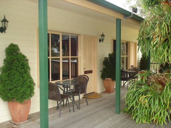 Snowy River Homestead Bed & Breakfast: A view of the rooms