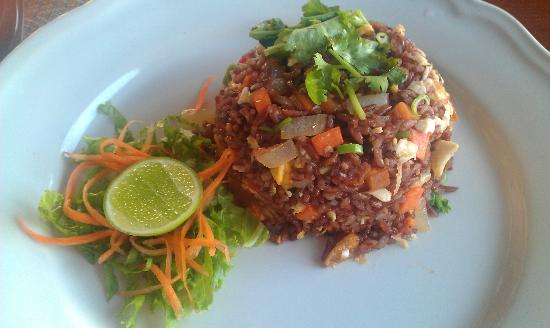 Health Oasis Resort: Fried Red Rice