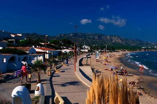 Playa Naturista El Torn: Paseo i Playa Almadrava