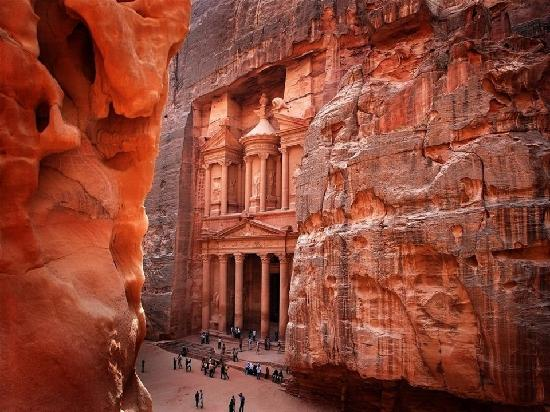 Best Hotels In Petra Jordan