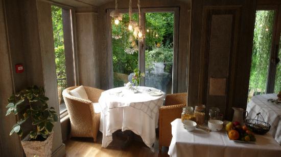 Hotel Le Moulin: La salle à déjeuner