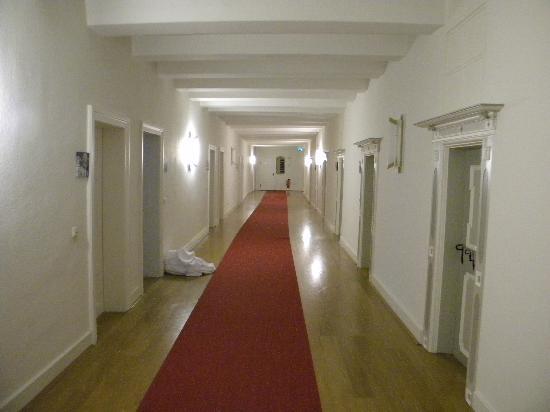 Kloster Hotel Woltingerode: corredor
