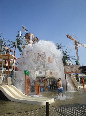 Lost Paradise of Dilmun Water Park: View 2