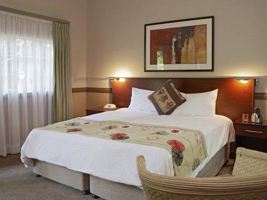 Shangri-La Country Hotel & Spa: Standard Suite