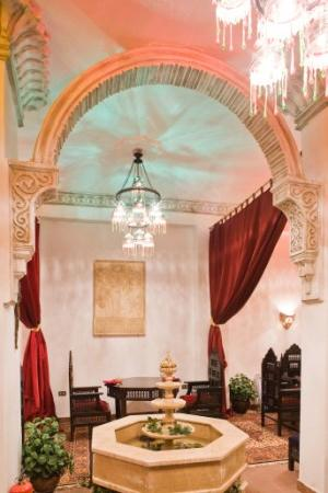 Mara House: Salahadeen Restaurant