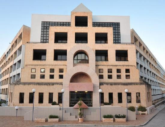 The st george 39 s park hotel malta reviews photos for Hotels malte