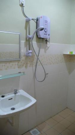 Best Stay Hotel Pangkor Island: Bathroom