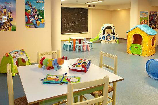 La Costa Golf & Beach Resort: Sala Infantil