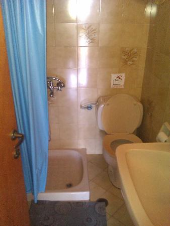 Vasilis Apartments: bathroom