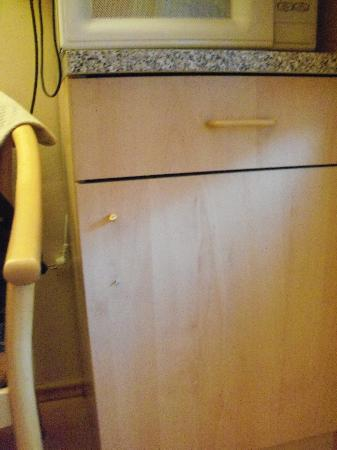 Hotel Residence Tabor: mobile rotto