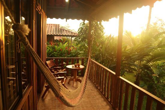 Hotel Rancho Cerro Azul: Back porch of the villa at sunrisa