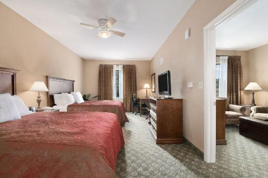 Homewood Suites by Hilton Hotel San Antonio North: Queen Suite