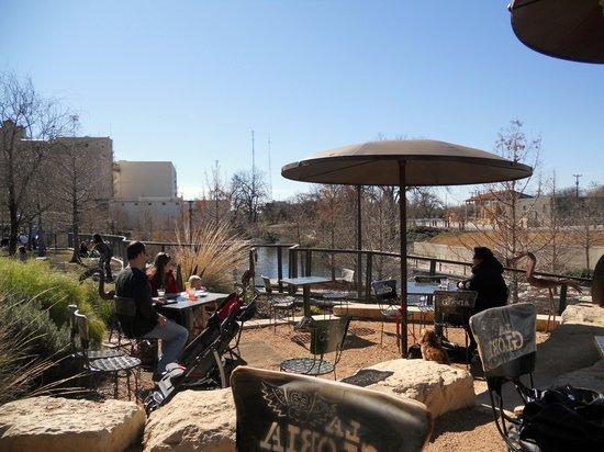 La gloria ice house san antonio midtown restaurant for Affordable pools pearl river la