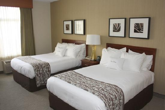 DoubleTree Club by Hilton Hotel Buffalo Downtown: Standard Double