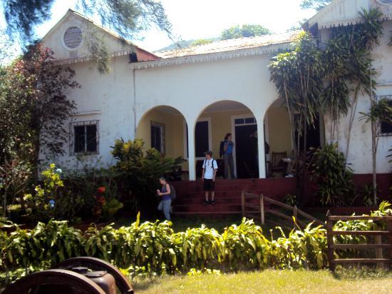 Cafe Las Flores: Main lodge