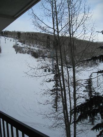 Borders Lodge: Outdoor View of Balcony (Elkhorn Lift is RIGHT there)