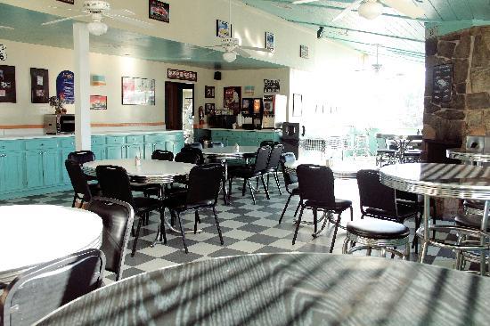 Hotel Aspen InnSuites Flagstaff / Grand Canyon: PJ's Cafe Breakfast