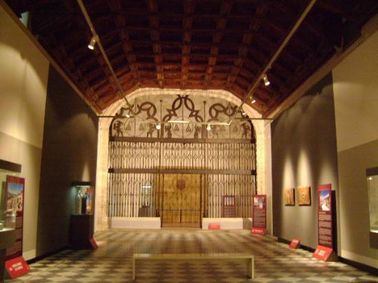 Museo De Santa Cruz.Museo De Santa Cruz Toledo Picture Of Museo De Santa Cruz