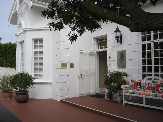 Blackheath Lodge: Front of house