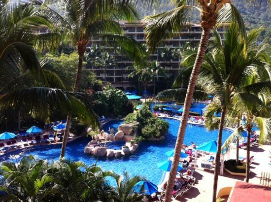Barcelo Puerto Vallarta: vue de notre chambre 5e étages!!