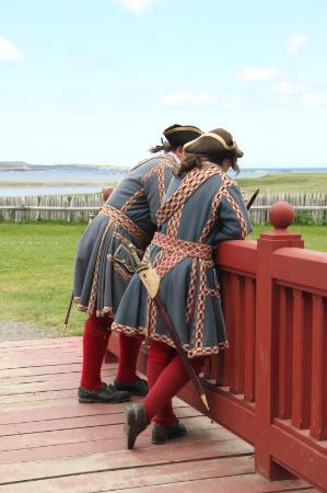 """Louisbourg, Canadá: les """"gardes"""""""
