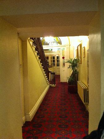 Hotel St. George: entrance