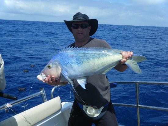 Mills Charters: Keith's Queenie ( biggest of the day 890mm long)